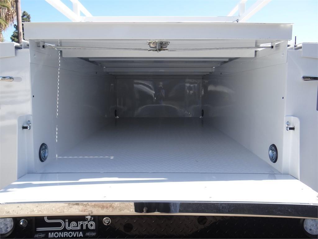 2019 Silverado 2500 Double Cab 4x2, Royal Service Body #C159550 - photo 15