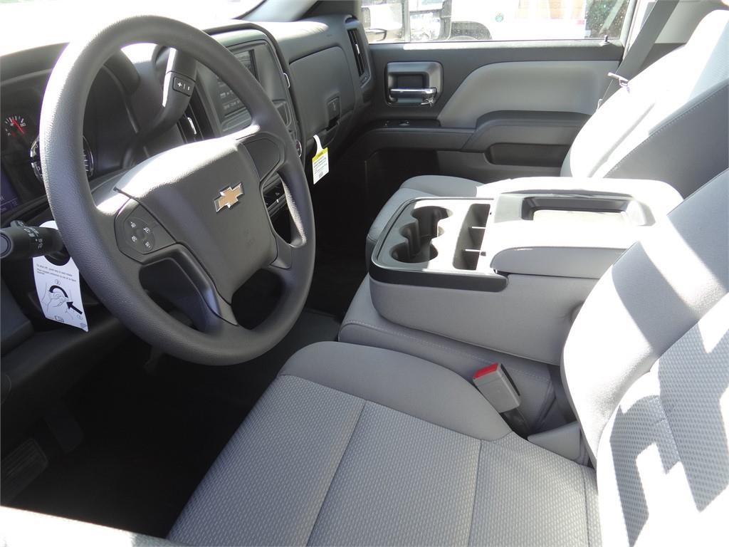 2019 Silverado 2500 Double Cab 4x2, Royal Service Body #C159601 - photo 3