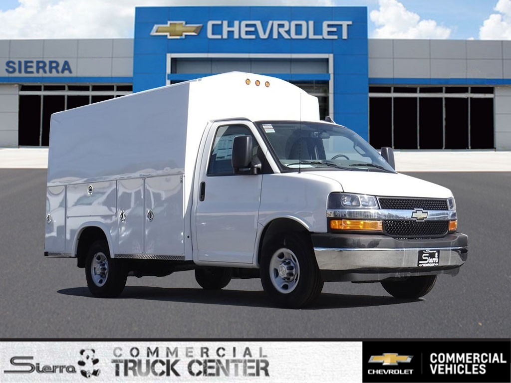 2019 Chevrolet Express 3500 4x2, Royal Service Utility Van #C159723 - photo 1