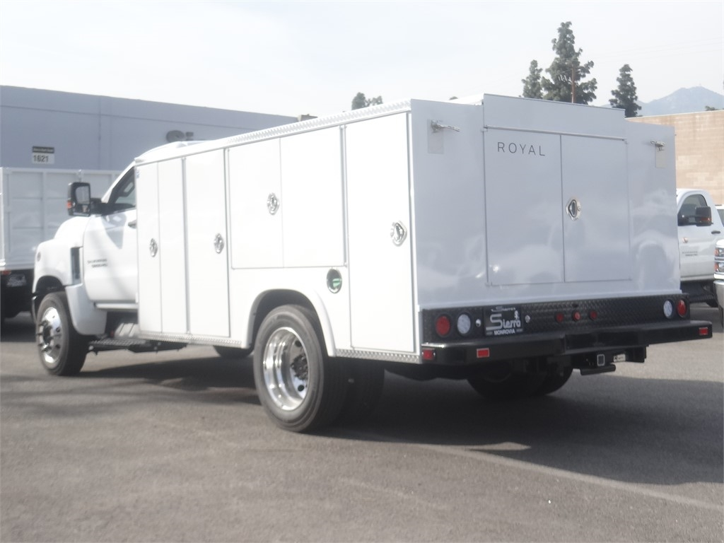 2019 Silverado 5500 Regular Cab DRW 4x2, Royal Service Body #C159803 - photo 1