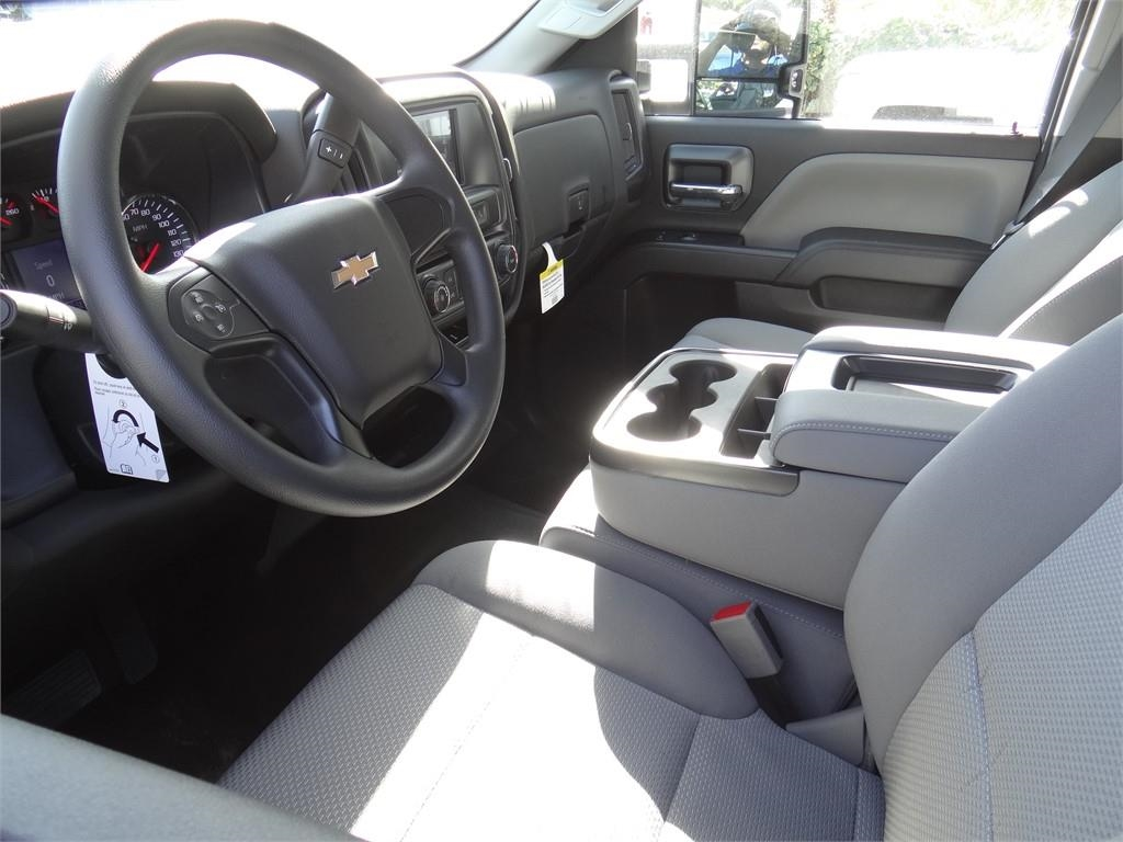 2019 Silverado 2500 Double Cab 4x2, Royal Service Body #C159805 - photo 3