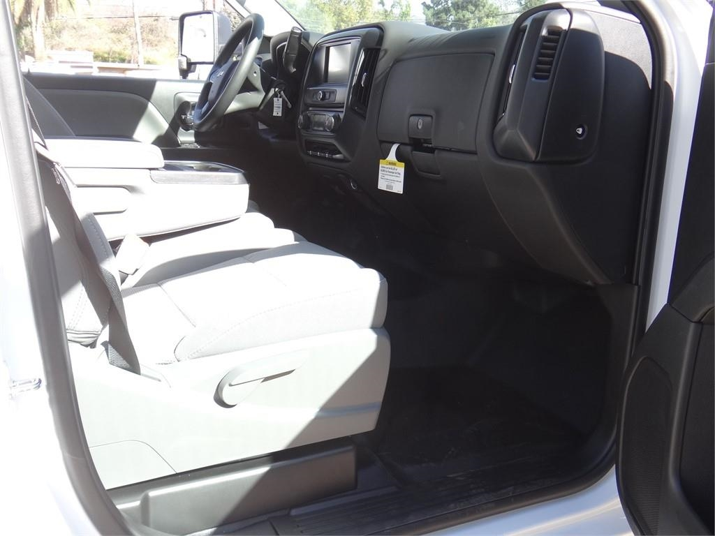 2019 Silverado 2500 Double Cab 4x2, Royal Service Body #C159805 - photo 10