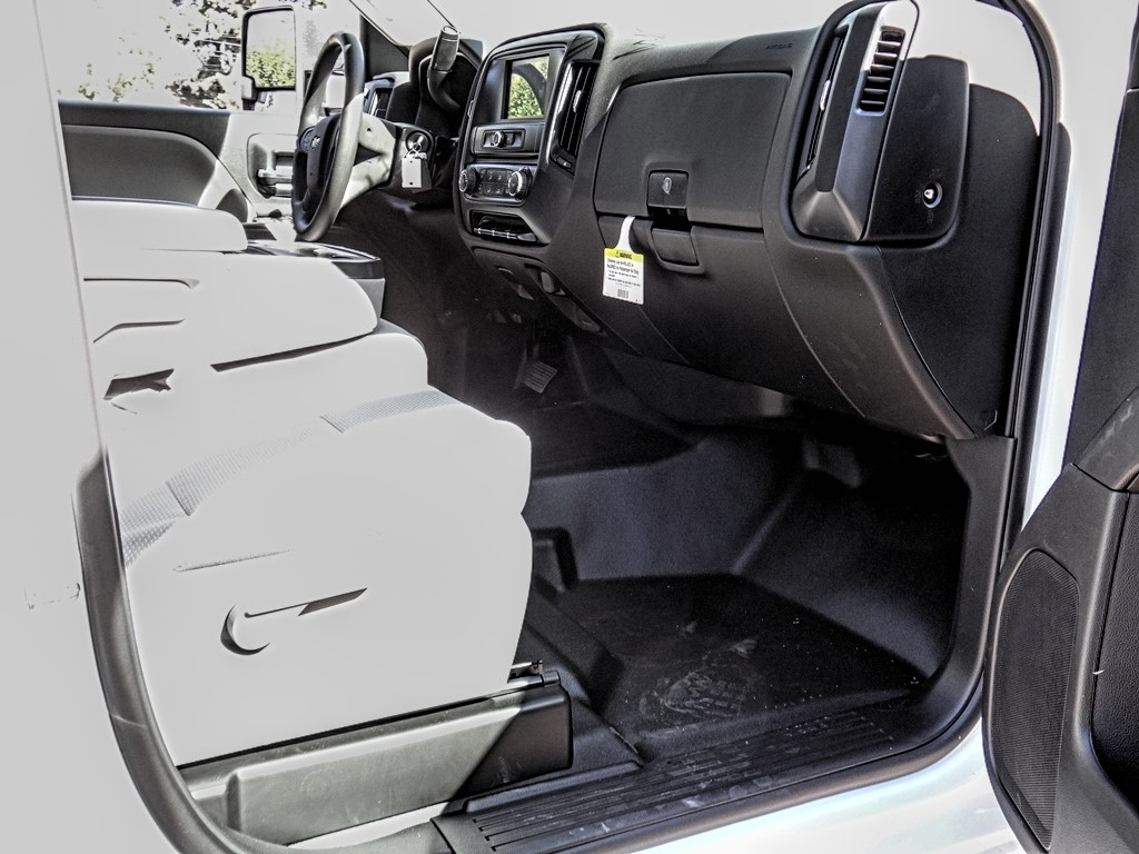 2019 Silverado 2500 Double Cab 4x2, Royal Service Body #C159824 - photo 10