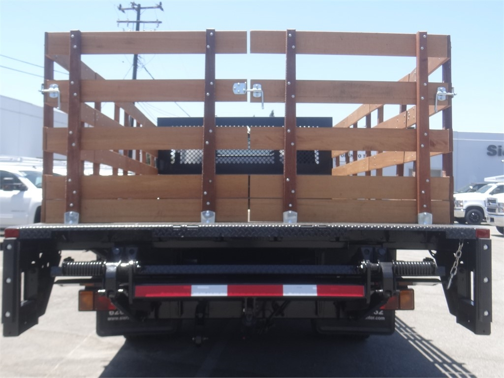 2020 Chevrolet LCF 5500HD Regular Cab 4x2, Metro Truck Body Stake Bed #C159846 - photo 3