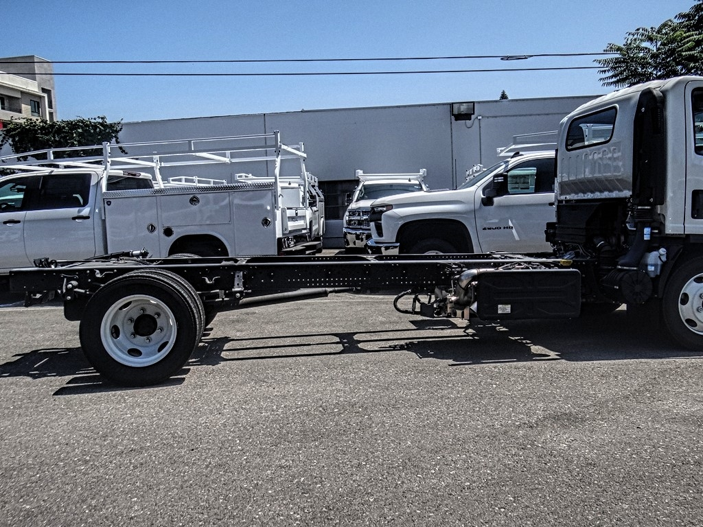 2019 Chevrolet LCF 5500HD Regular Cab 4x2, Cab Chassis #C159847 - photo 10