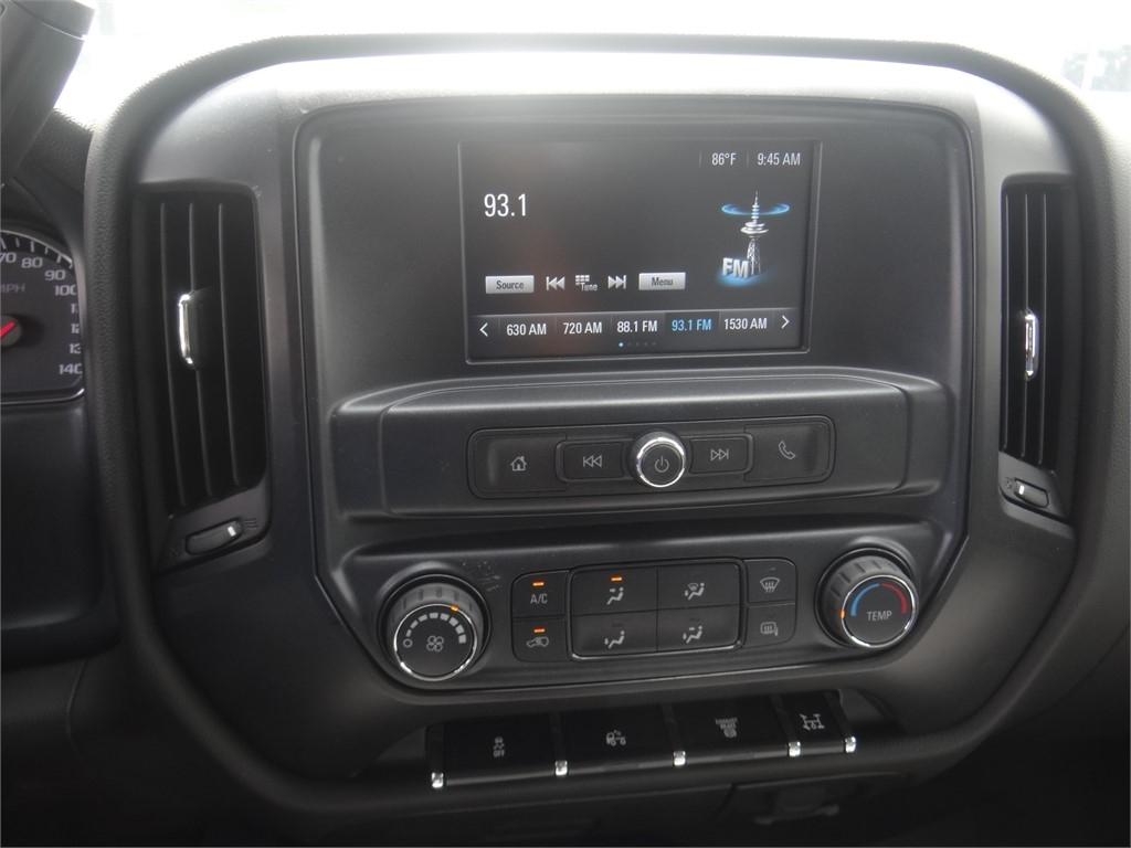2020 Chevrolet Silverado 5500 Regular Cab DRW 4x2, Martin Stake Bed #C159922 - photo 7