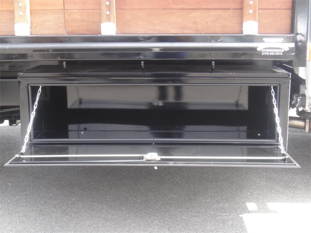 2020 Chevrolet Silverado 5500 Regular Cab DRW 4x2, Martin Stake Bed #C159922 - photo 10