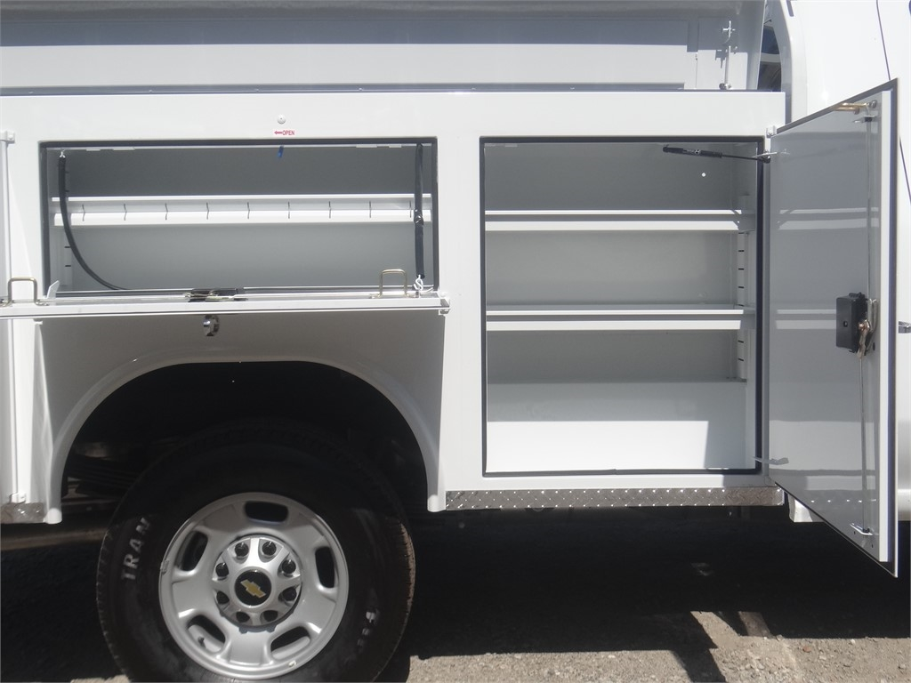 2020 Silverado 2500 Regular Cab 4x2, Royal Service Body #C160032 - photo 12