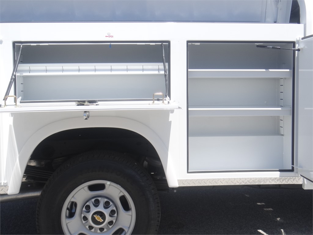 2020 Silverado 2500 Regular Cab 4x2, Royal Service Body #C160043 - photo 12