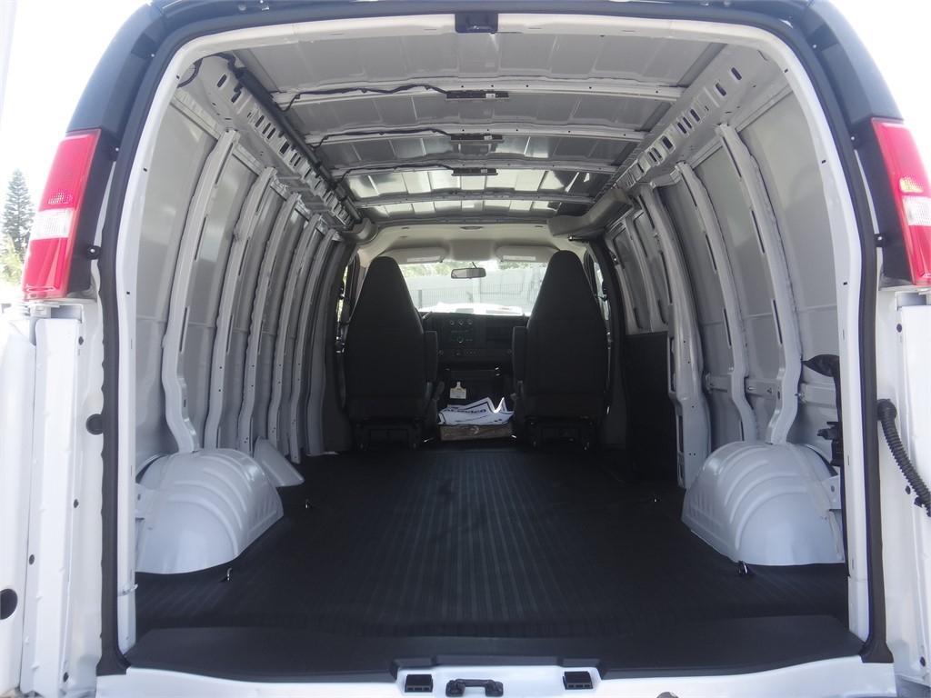 2020 Express 3500 4x2, Empty Cargo Van #C160072 - photo 2