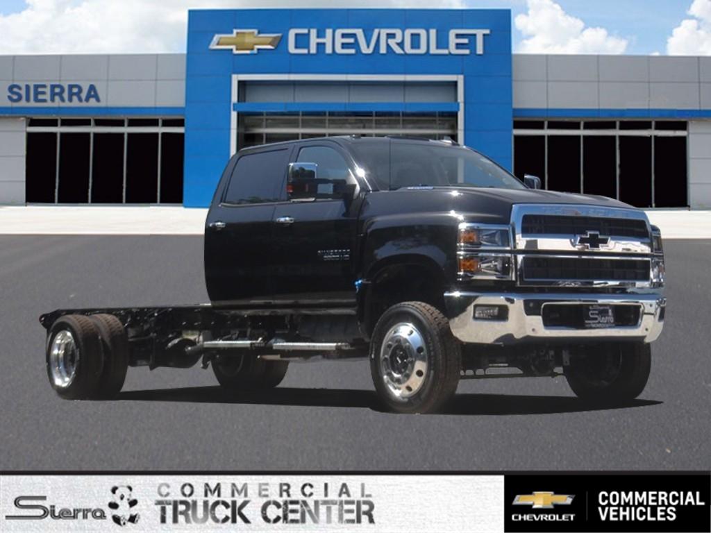 2020 Chevrolet Silverado 6500 Crew Cab DRW 4x4, Cab Chassis #C160074 - photo 1