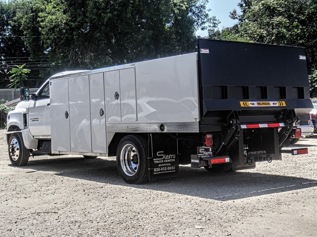 2019 Silverado 5500 Regular Cab DRW 4x2, Royal Service Body Saw Body #C160114 - photo 2