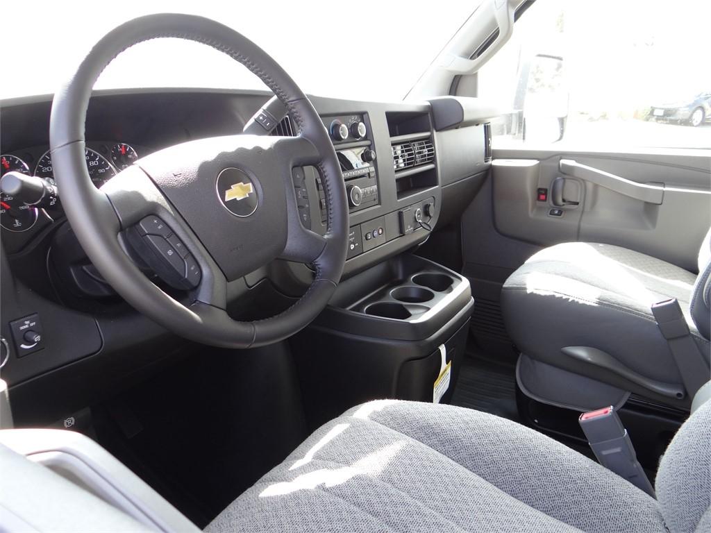 2020 Chevrolet Express 3500 4x2, Royal RSV Service Utility Van #C160337 - photo 3