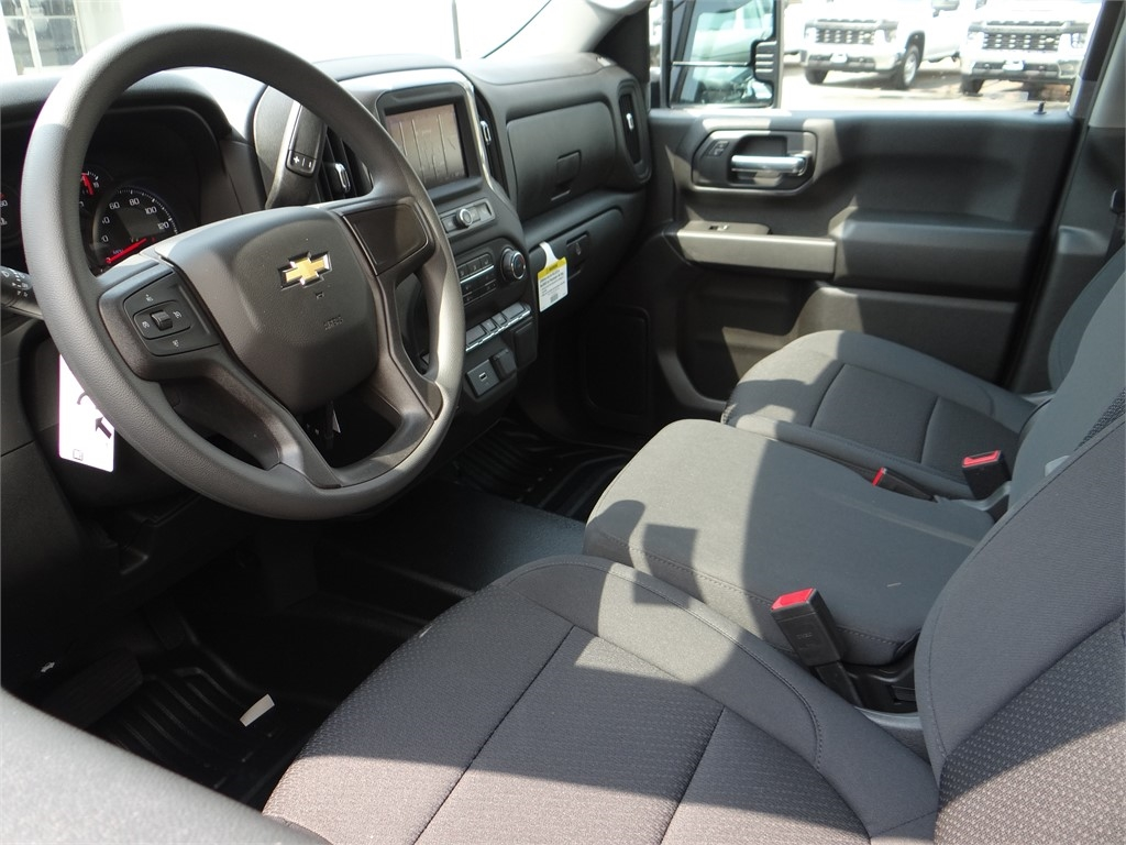 2020 Chevrolet Silverado 2500 Double Cab 4x2, Royal Service Body #C160342 - photo 3