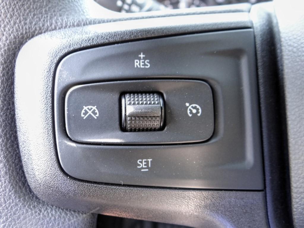 2020 Chevrolet Silverado 2500 Regular Cab 4x2, Royal Service Body #C160438 - photo 5