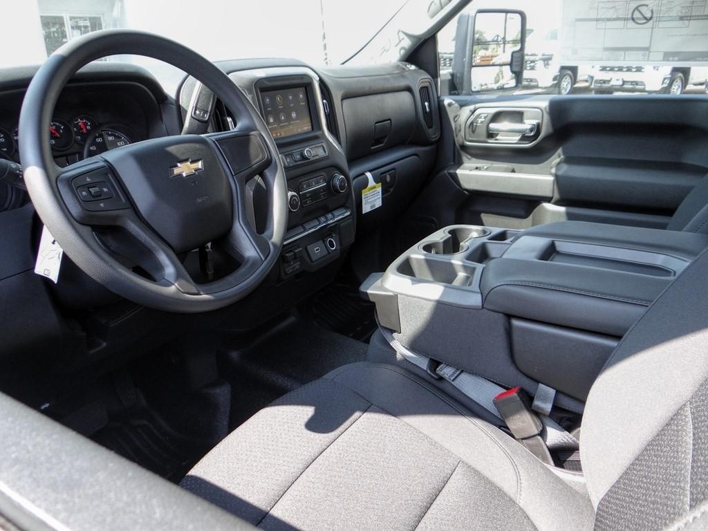 2020 Chevrolet Silverado 2500 Regular Cab 4x2, Royal Service Body #C160439 - photo 3
