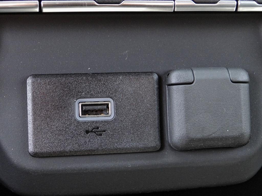2020 Chevrolet Silverado 2500 Regular Cab 4x2, Royal Service Body #C160439 - photo 9