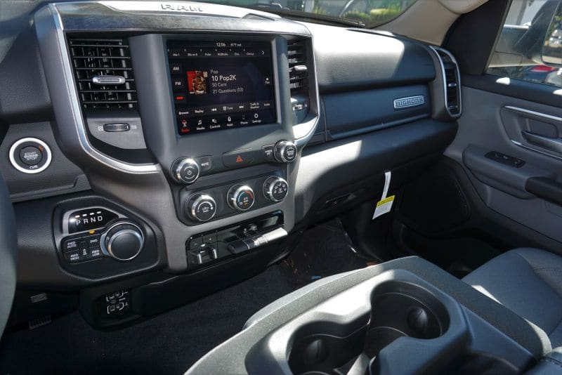 2019 Ram 1500 Crew Cab 4x4,  Pickup #R02422 - photo 10