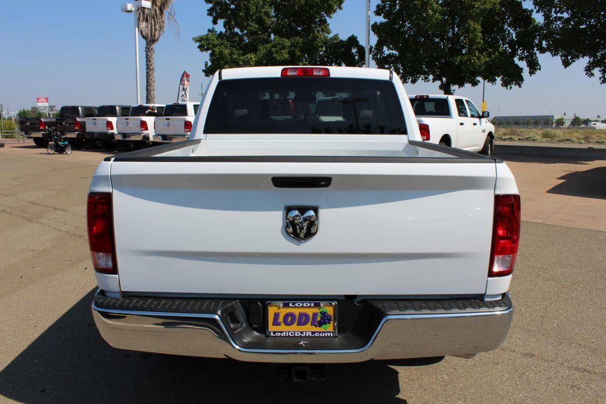 2018 Ram 1500 Crew Cab 4x2,  Pickup #R02564 - photo 4