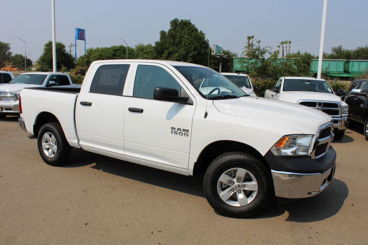 2018 Ram 1500 Crew Cab 4x4,  Pickup #R02616 - photo 3