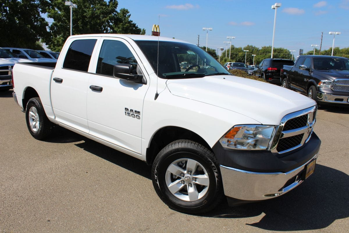 2018 Ram 1500 Crew Cab 4x4,  Pickup #R02622 - photo 3