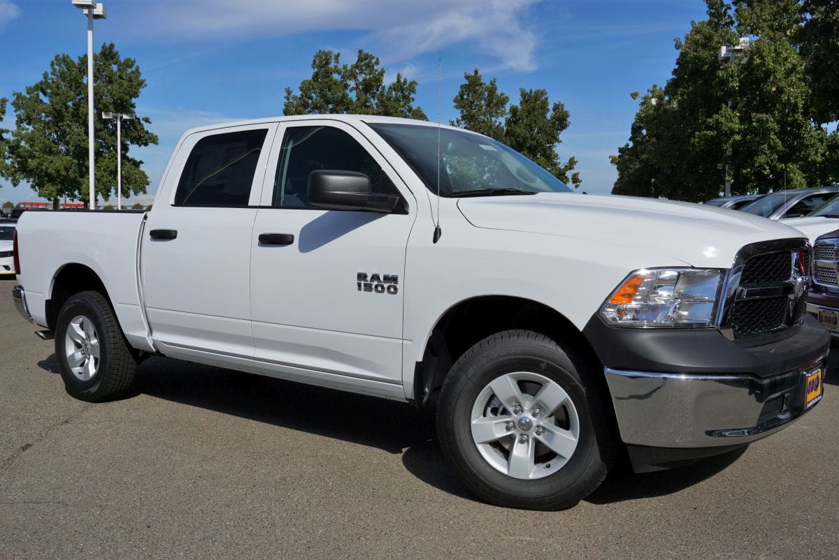 2018 Ram 1500 Crew Cab 4x4,  Pickup #R02738 - photo 3