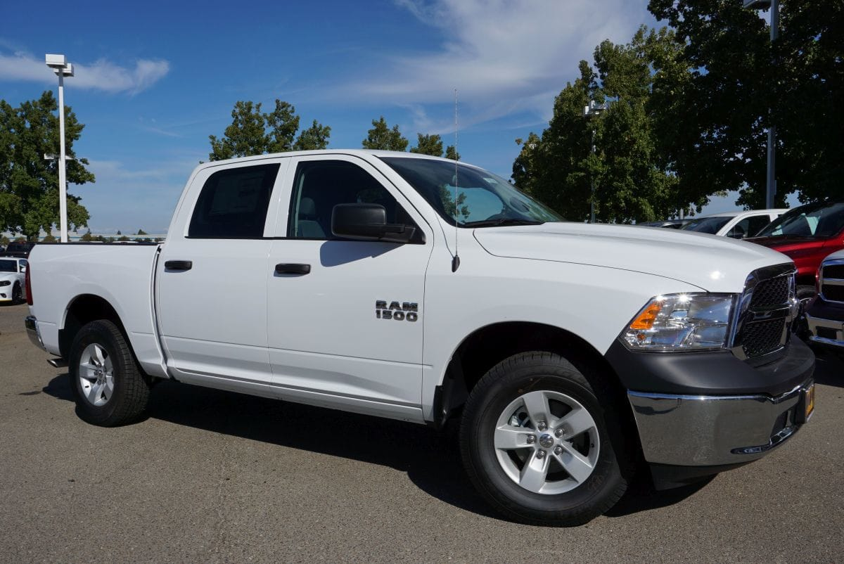 2018 Ram 1500 Crew Cab 4x4,  Pickup #R02740 - photo 3
