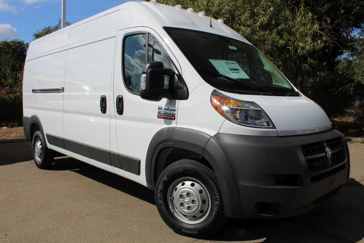 2018 ProMaster 2500 High Roof FWD,  Empty Cargo Van #R02773 - photo 3