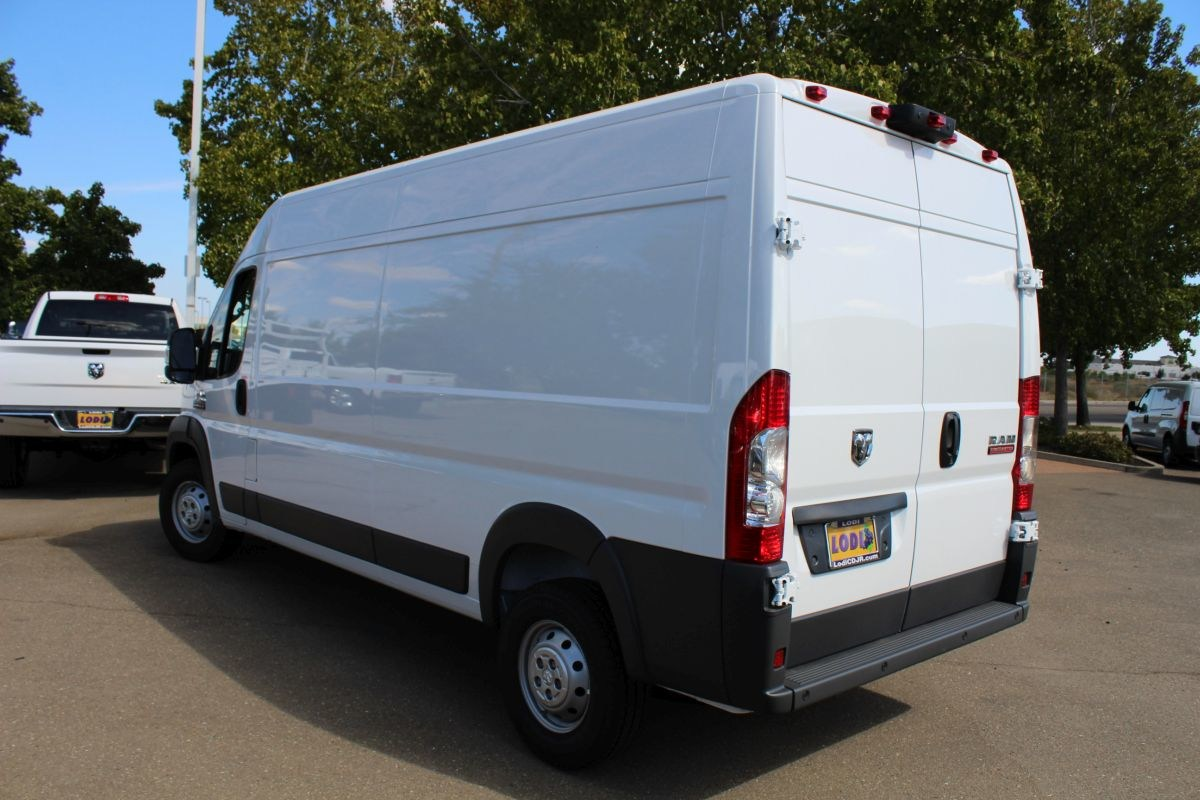 2018 ProMaster 2500 High Roof FWD,  Empty Cargo Van #R02774 - photo 5