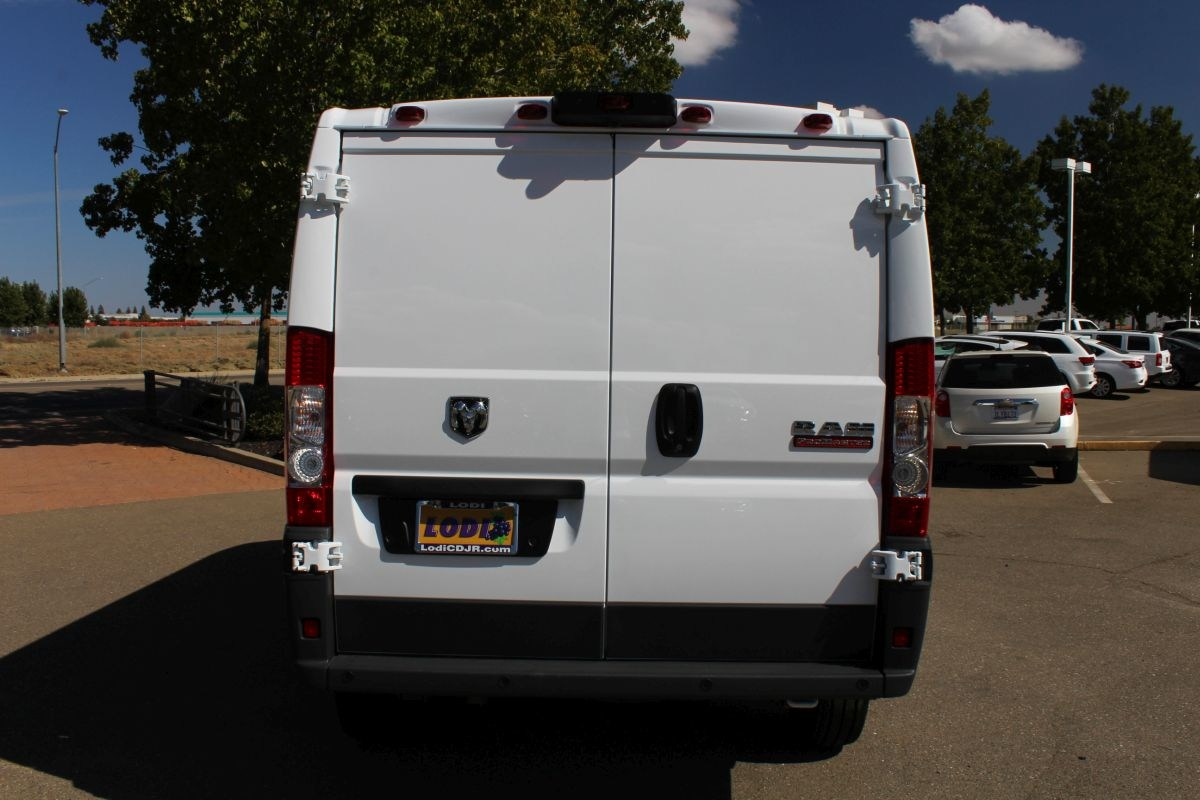 2018 ProMaster 1500 Standard Roof FWD,  Empty Cargo Van #R02780 - photo 4
