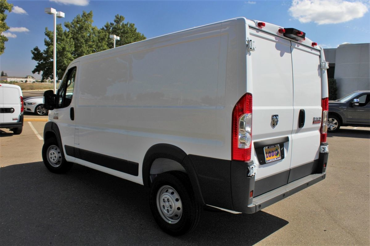 2018 ProMaster 1500 Standard Roof FWD,  Empty Cargo Van #R02780 - photo 5