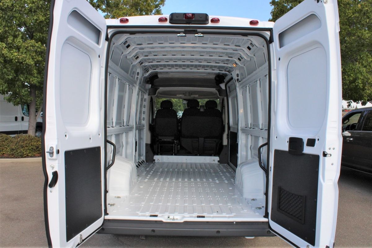 2018 ProMaster 3500 High Roof FWD,  Empty Cargo Van #R02910 - photo 2