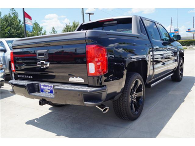2017 Silverado 1500 Crew Cab 4x2,  Pickup #HG462994 - photo 2