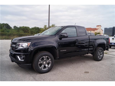 2018 Colorado Extended Cab 4x4,  Pickup #J1137082 - photo 3