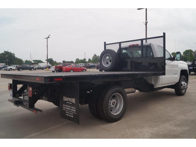 2018 Silverado 3500 Regular Cab DRW 4x2,  Knapheide Platform Body #JF170194 - photo 2