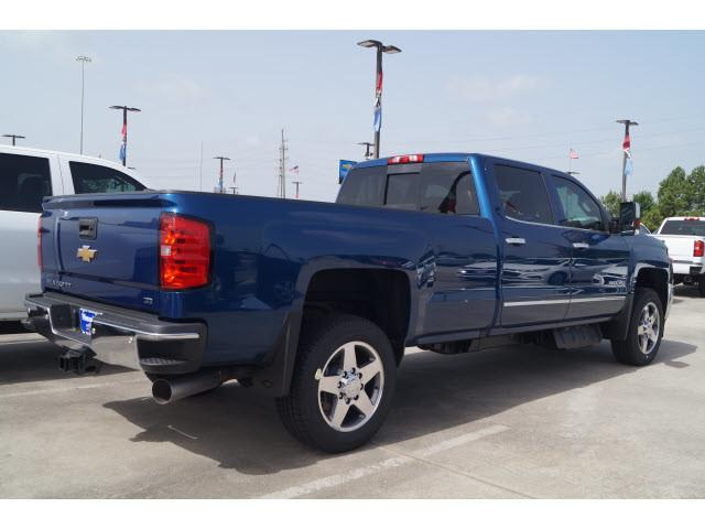 2019 Silverado 2500 Crew Cab 4x2,  Pickup #KF111753 - photo 2