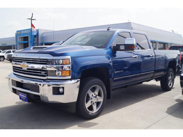 2019 Silverado 2500 Crew Cab 4x2,  Pickup #KF111753 - photo 5