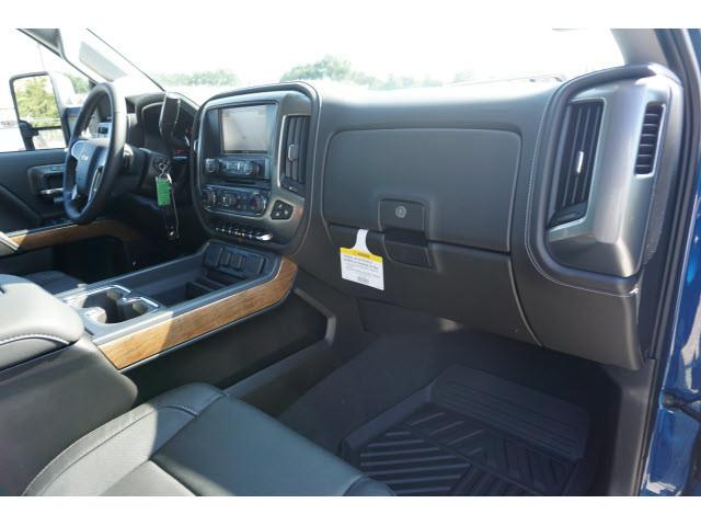 2019 Silverado 2500 Crew Cab 4x2,  Pickup #KF128412 - photo 12