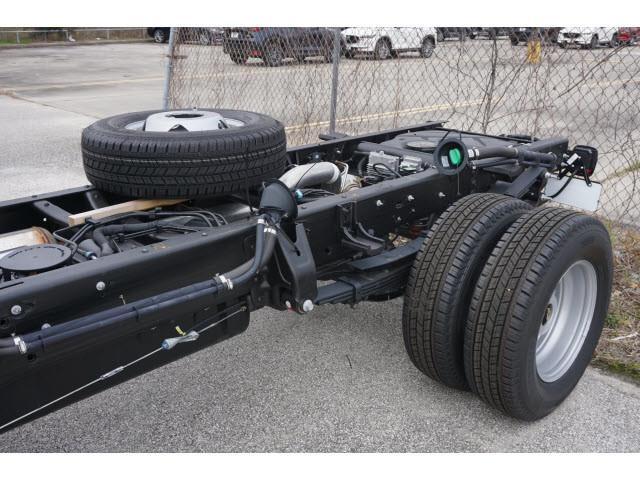 2019 Silverado 3500 Regular Cab DRW 4x2,  Cab Chassis #KF160339 - photo 2