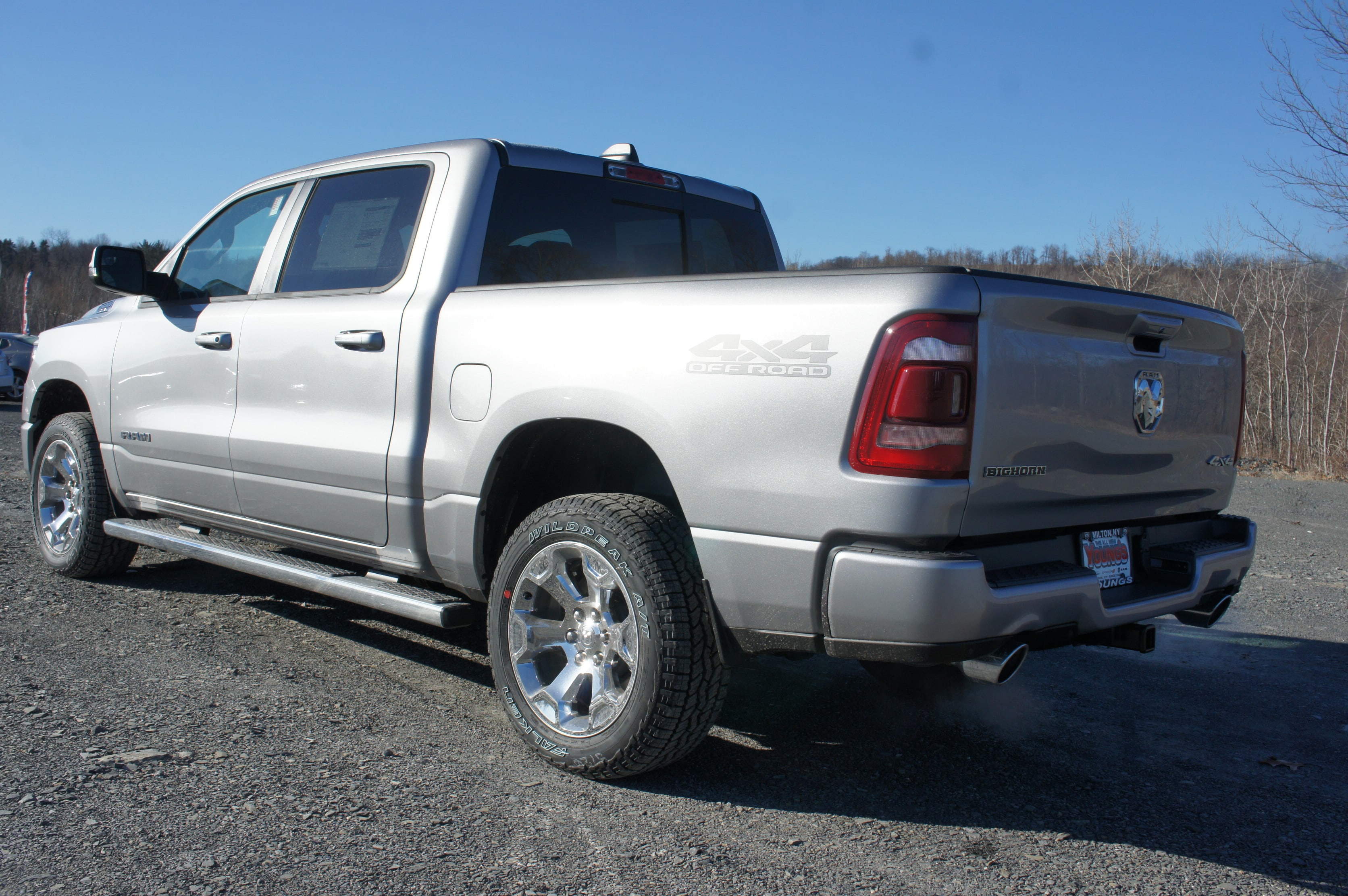 2019 Ram 1500 Crew Cab 4x4,  Pickup #KN630203 - photo 2