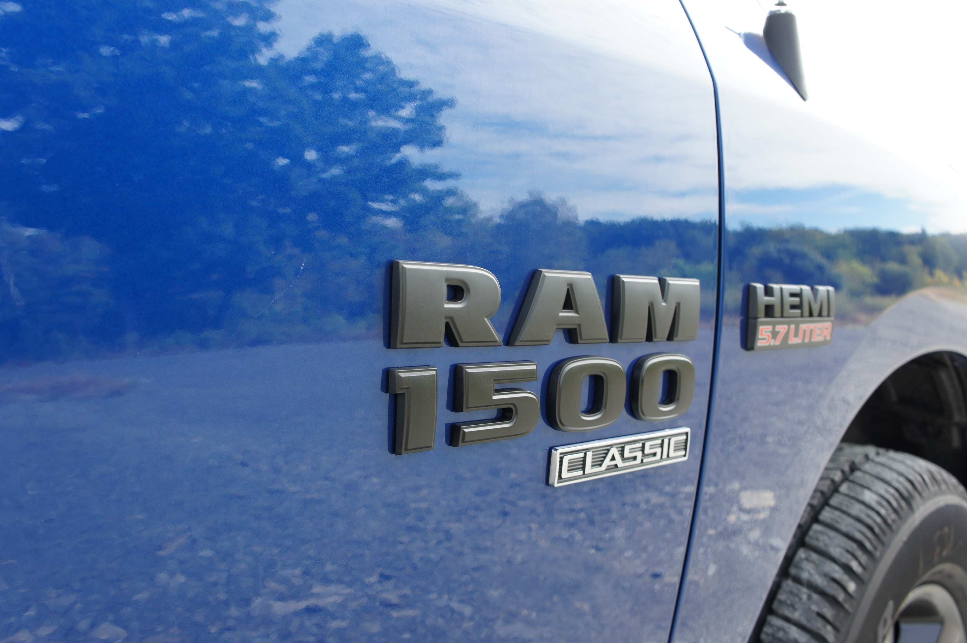 2019 Ram 1500 Quad Cab 4x4,  Pickup #KS522725 - photo 7