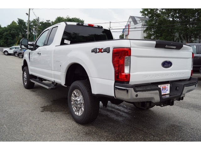 2019 F-350 Super Cab 4x4, Pickup #58853 - photo 5