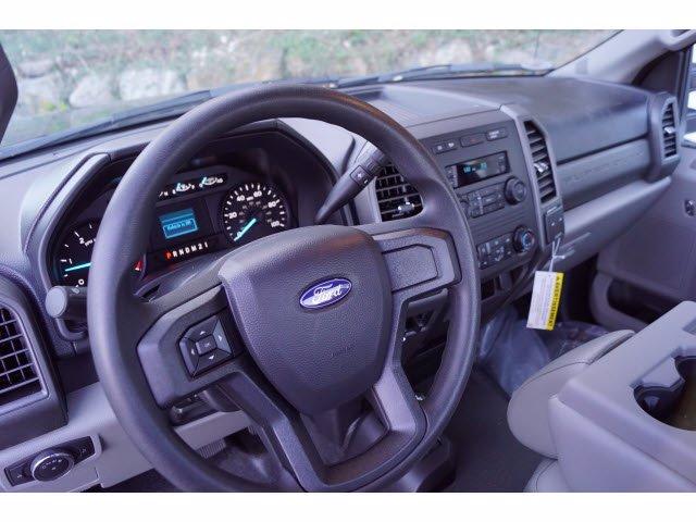 2019 F-550 Regular Cab DRW 4x4, Cab Chassis #58860F - photo 10