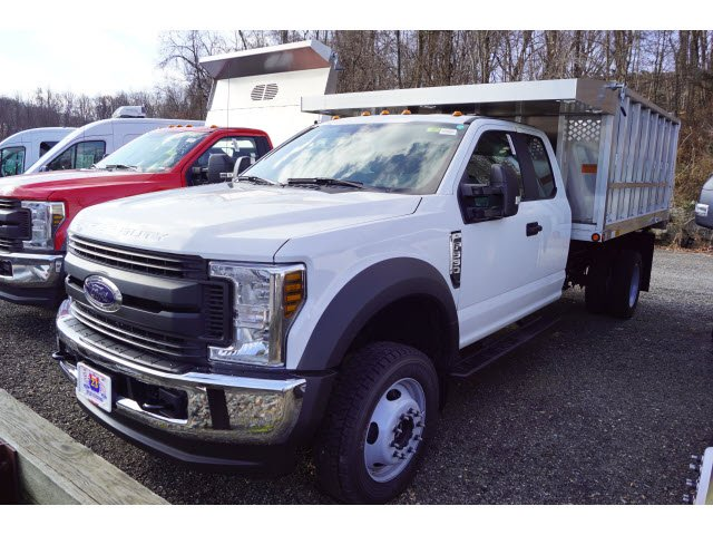 2019 F-550 Super Cab DRW 4x4,  Dejana Truck & Utility Equipment MAXScaper Landscape Dump #59226 - photo 3