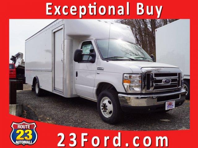 2019 E-350 4x2,  Rockport Cutaway Van #59780 - photo 1