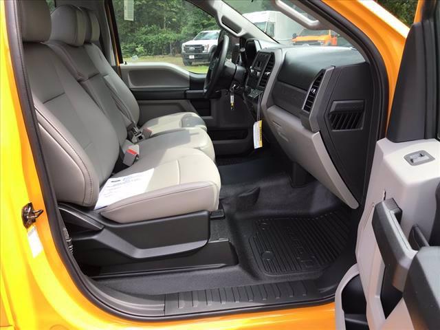 2019 Ford F-350 Regular Cab DRW RWD, Cab Chassis #61592F - photo 10
