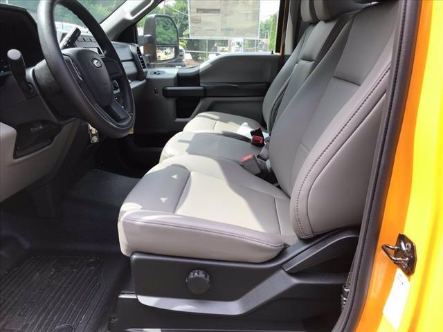 2019 Ford F-350 Regular Cab DRW RWD, Cab Chassis #61592F - photo 13