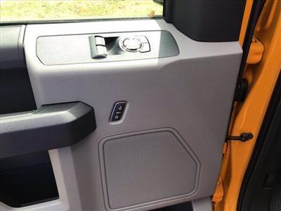 2019 Ford F-350 Regular Cab DRW RWD, Cab Chassis #61592F - photo 11