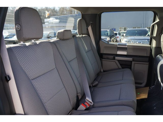 2019 F-150 SuperCrew Cab 4x4, Pickup #61722 - photo 3
