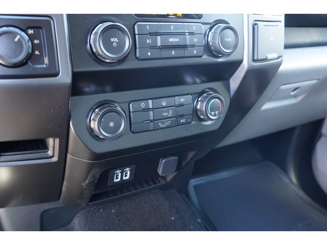2020 F-150 SuperCrew Cab 4x4, Pickup #61947 - photo 11
